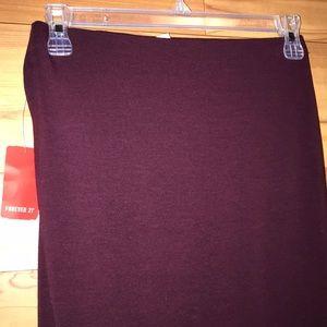 ☀️3/$10 Bundle & Save ☀️NWT pencil skirt